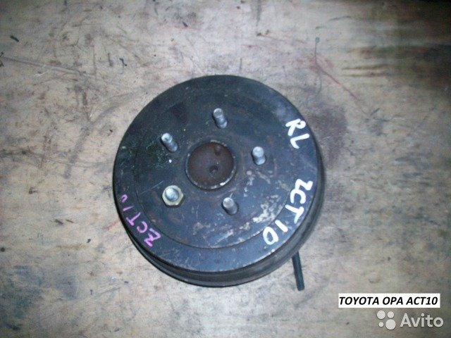 Ступица левая на Toyota OPA ACT10 для Toyota Opa